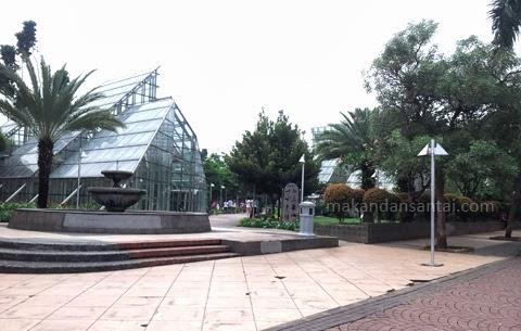Rekreasi Gratis Di Jakarta Ayo Ke Taman Menteng
