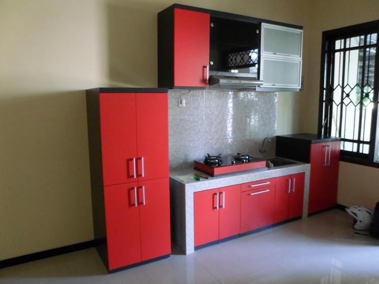 40 contoh dapur warna merah yang nampak cantik bergaya for Dapur set aluminium