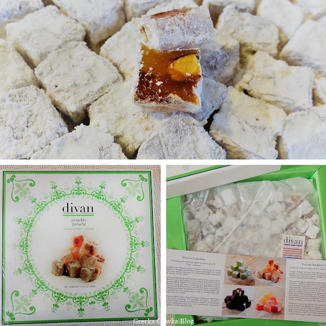 słodycze w kształcie kostek cukru tureckie delicje luklumia divan w zielonym pudełku