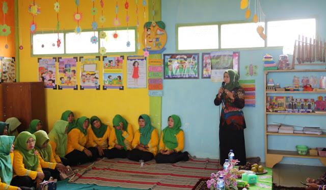 Musfarinah Nuryati, Bunda PAUD Lumajang