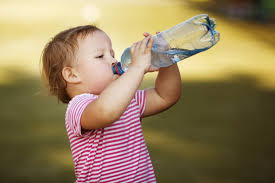 Drinking water may help me lose weight ?