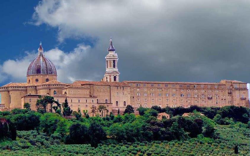 Santuário da Santa Casa em Loreto, Itália