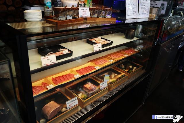 IMG 8622 - 【熱血採訪】肉多多 - 超市燒肉,三五好友一起來採購,想吃甚麼自己拿,現拿現烤真歡樂! 產地直送活體海鮮現撈現烤、日本宮崎5A和牛現點現切!