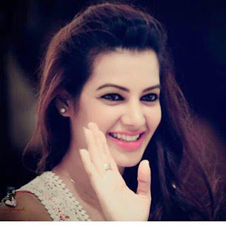Diksha Panth movies, hot, age, wiki, biography