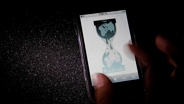 El Comité Nacional Demócrata notifica a WikiLeaks vía Twitter sobre una demanda en su contra