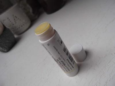 Med - organický balzam na pery