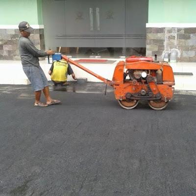 Kontraktor Pengaspalan Jalan, Jasa Aspal Hotmix, Jasa Pengaspalan Jalan, Jasa Pemasangan Paving Block, Perbaikan Jalan Aspal, Perawatan Jalan, Pelapisan Aspal Hotmix