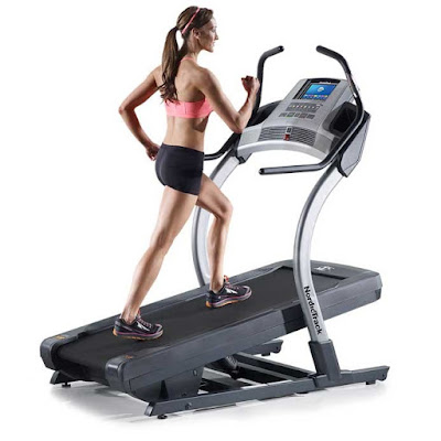20 phút leo dốc với máy chạy bộ để có thân thể dẻo dai