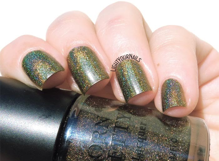 Smalto olografico verde Born Pretty store BPH04 Papakōlea Breeze green holographic nail polish #nails #lightyournails #unghie #bornprettystore #holo