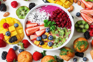Memberi Nutrisi Tambahan Dan Vitamin Dengan MPASI
