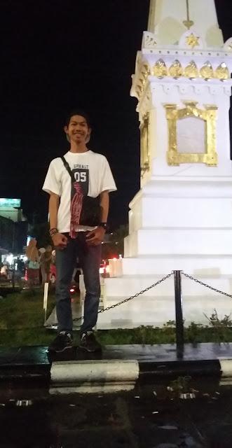 Yuk jalan-jalan ke Tugu Yogyakarta