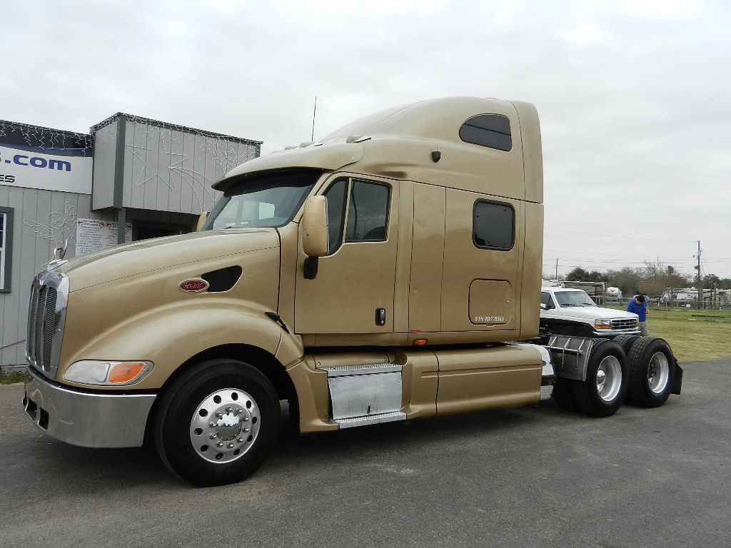 heavy duty truck sales used truck sales used peterbilt trucks for sale in texas. Black Bedroom Furniture Sets. Home Design Ideas