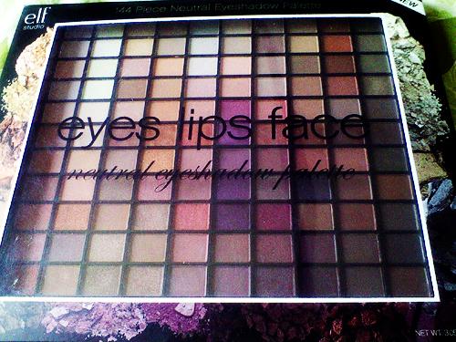 Elf studio 144 piece ultimate eyeshadow palette