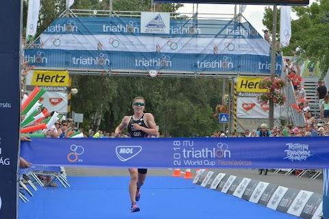 Triatlon Eb - Tóth Tamás hatodik, Bragmayer Zsanett tizedik