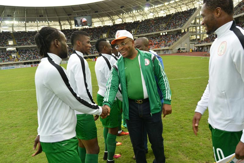 Super Eagles hosted by Gov Udom Emmanuel after victory (photos)