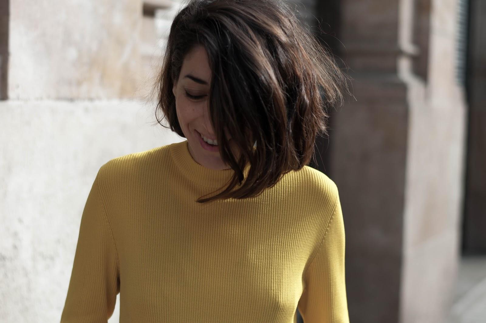 H&M falda y jersey, stilettos Membur