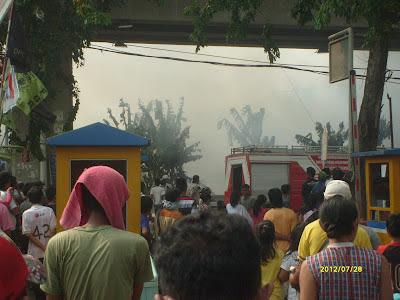 Foto Kebakaran di Kampung Janis Jakarta Barat