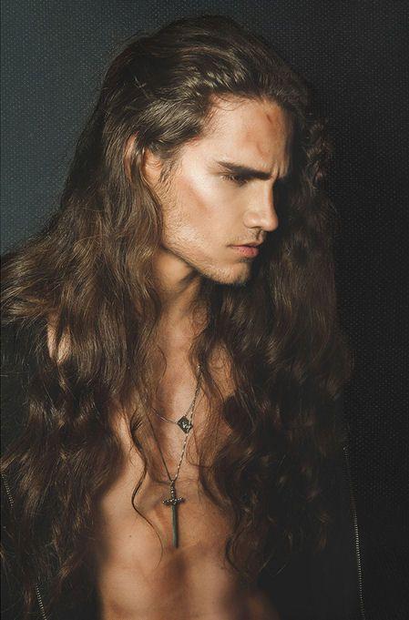 La Moda En Tu Cabello Seductores Peinados Para Hombres Con Pelo Largo