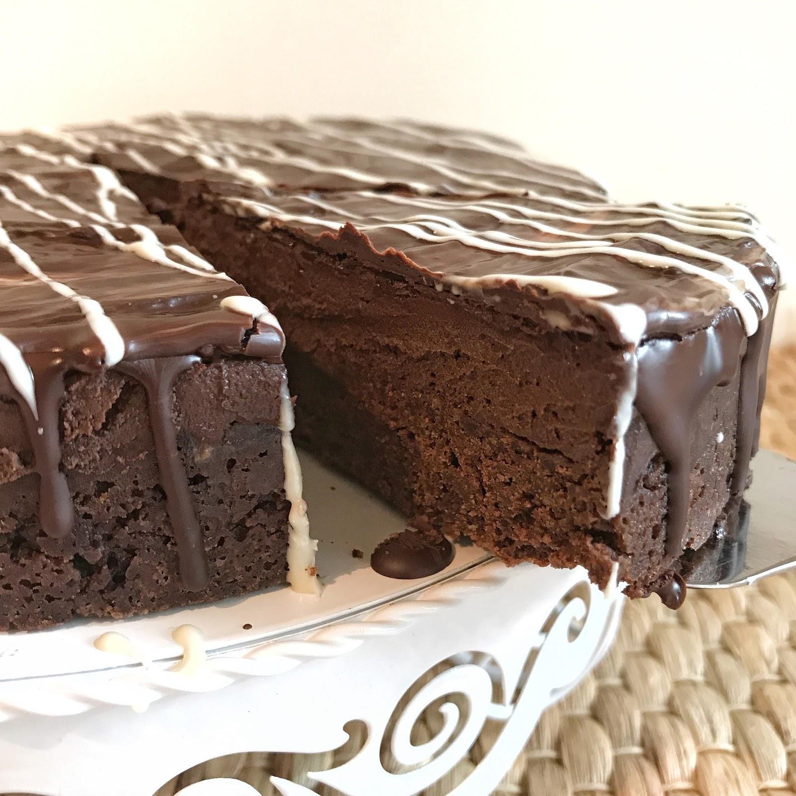 Olles Himmelsglitzerdings Brownie Schoko Mousse Torte Zuckerfrei