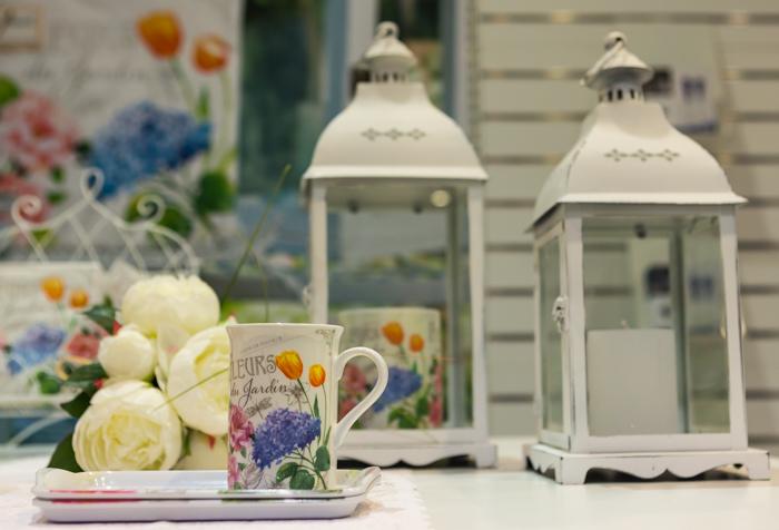 kukkamuki sireeni tarjotin fleurs du jardin iso valkoinen kynttilälyhty outlet tukku flamingo vantaa jumbo