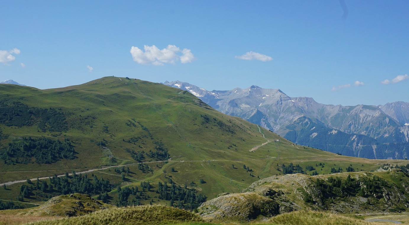 Montagne de l'Homme seen from Alpe d'Huez