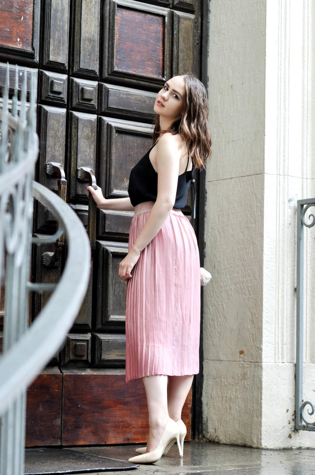 Alina Ermilova   Pink Pleated Skirt