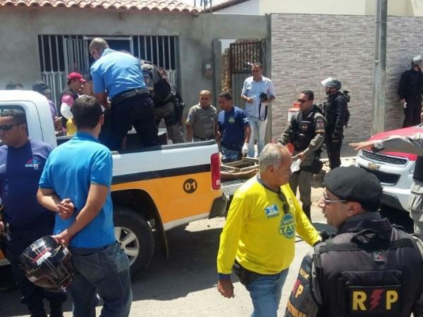 Três promotores e dois delegados investigam operação com oito mortos em Delmiro  Gouveia