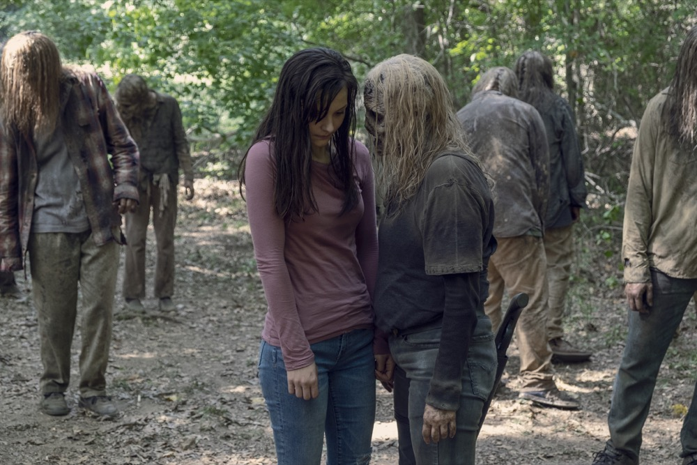 Alpha y Lydia en el episodio 9x12 Guardians de The Walking Dead