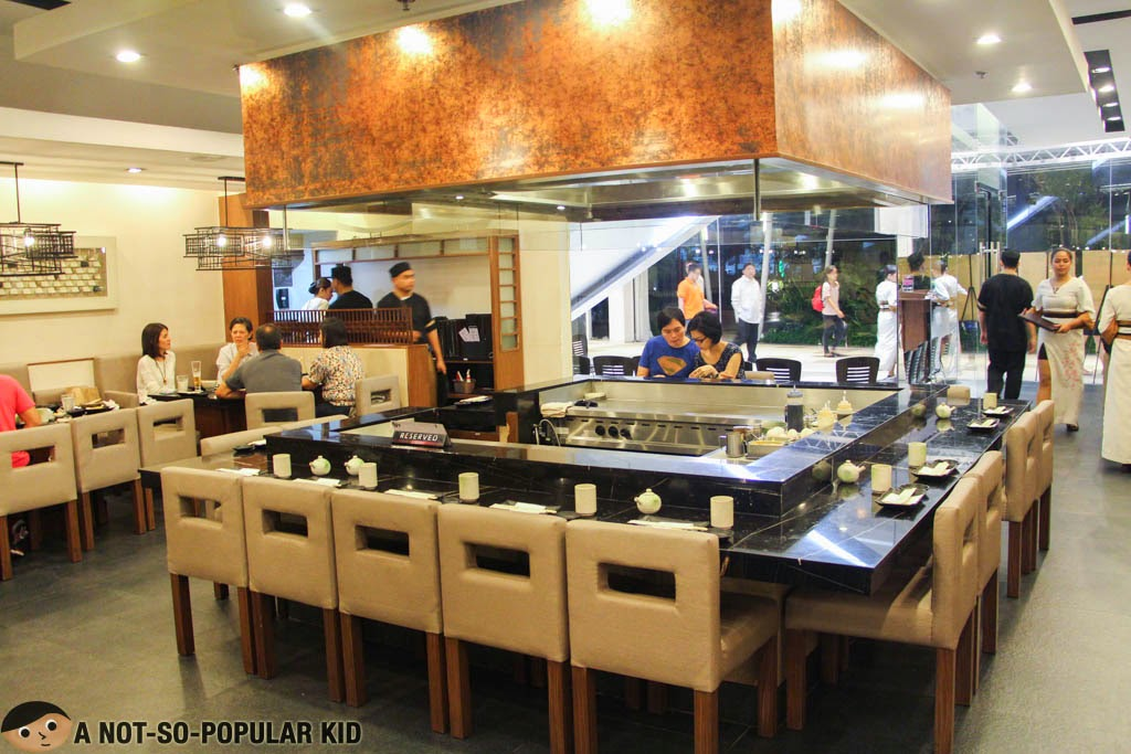 The interior as well as the Teppanyaki grilling area of Ogetsu Hime