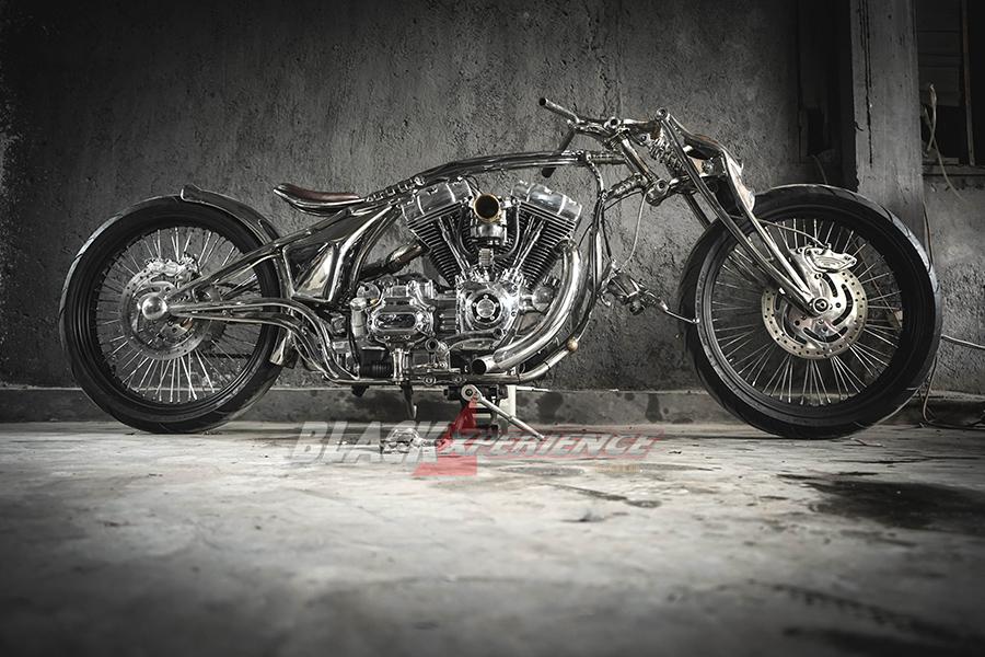 Hasil modifikasi motor gaya klasik