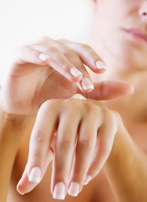 Cuci Tangan Setelah Facial Larangan atau Pantangan Penting