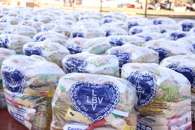 Legião da Boa Vontade (LBV) entrega cestas de alimentos em Cacoal