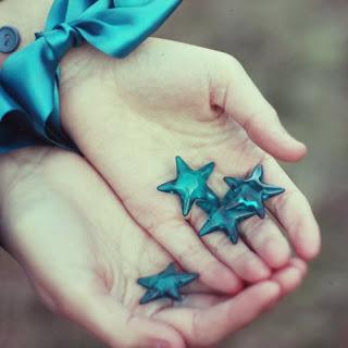 mavi, şiir, blog yazısı, yaşamın içinden
