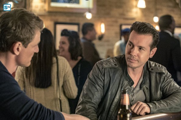 Chicago PD - 300,000 Likes / A Shot Heard Round The World - Review