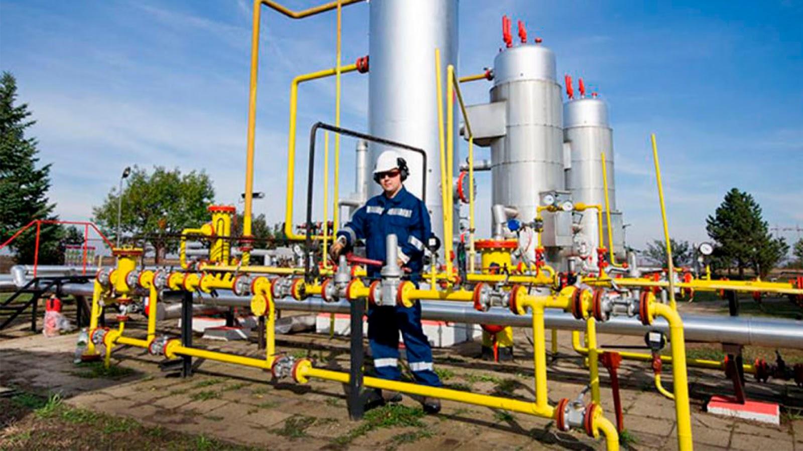 Piden a AMLO aumentar la producción de gas natural para dejar de depender de Estados Unidos