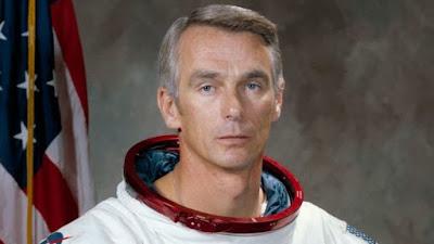 चांद पर जाने वाले आखिरी व्यक्ति यूजिन सरनेन का 82 वर्ष की उम्र में निधन