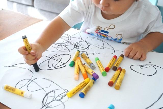 Tahap Kemampuan Anak Menggambar dan Cara Menstimulasinya