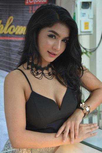 Download Foto Sexy Sensual Siva Aprilia Model PhotoShoot Majalah Dewasa Indonesia , Model Photography Sexy - Siva Bugil, Siva Nude, Siva telanjang, Siva Hot | www.insight-zone.com