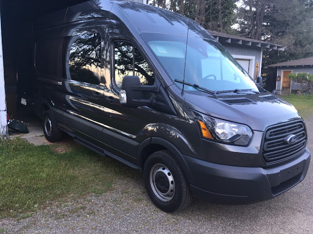 Front 3/4 view of 2017 Ford Transit 350 HR Cargo Van