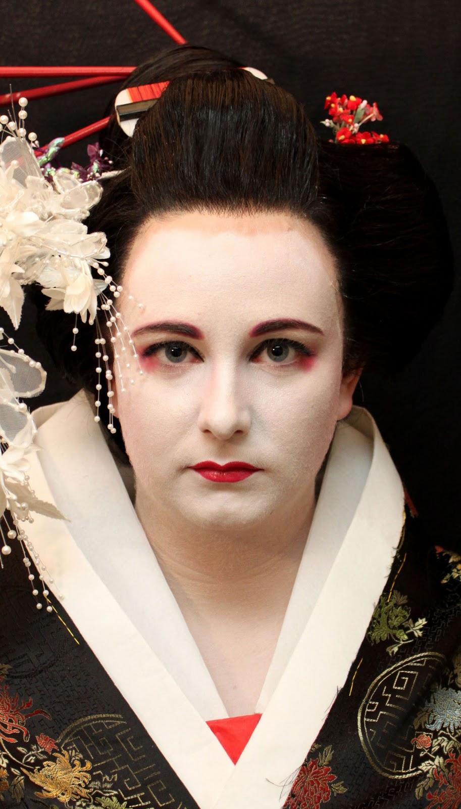Il Profumo Di Bellazza Geisha Makeup