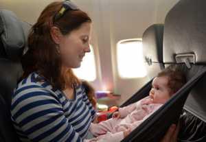Harga Tiket Pesawat Untuk Bayi dan Anak-Anak/ image humairtravel.com