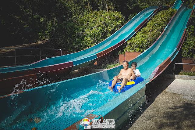 Uncle aunty playe Cliff Racer together @ Lost World of Tambun