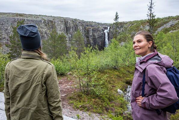 Fulufjället National Park. Governor Ylva Thorn, Crown Princess Victoria and Princess Sofia. Njupeskär waterfall