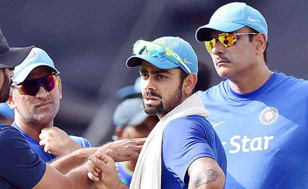 virat kohli should replace ms dhoni as india captain in odis t20 is ravi shastri in hindi