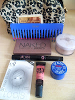 What's in my School/College Make-up bag!