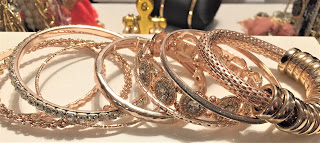 rue21 gold bangles set