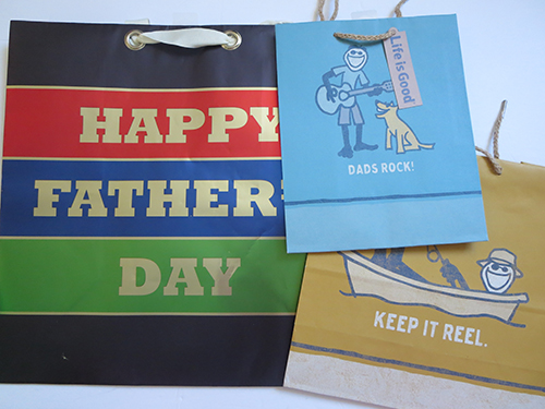 Hallmark Gift Bags for Father's Day, #LoveHallmarkCA, #Review #Giveaway