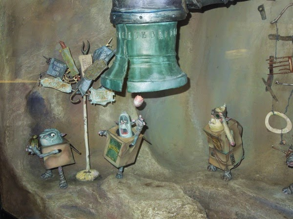 The Boxtrolls Underground cave set stop-motion figures
