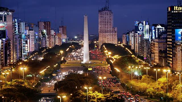 Obelisco e Avenida 9 de Julho em Buenos Aires