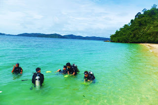 Things To Do In Kota Kinabalu - Scuba Diving In Sepanggar Island